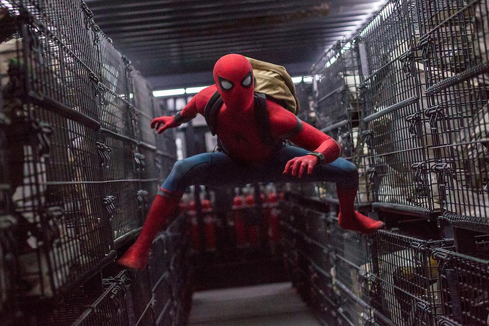 マーベルスパイダーマンのスーツ